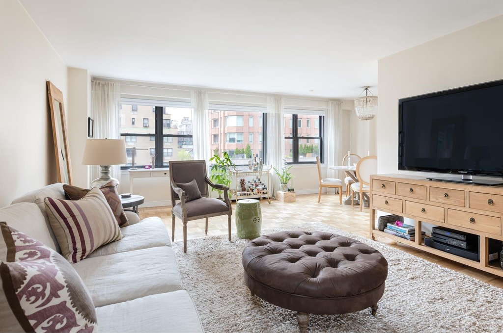 Additional photo for property listing at 201 East 77 Owners Corp., 201 East 77th St, 9c Upper East Side, New York, NY 10021